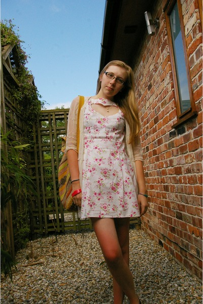 hot pink gift watch - bubble gum TK Maxx dress - gold Mexican Street Seller bag