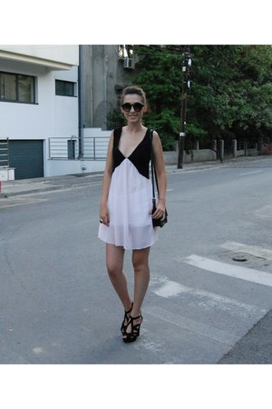 light pink Lady Queen dress - black Zara bag - black Zara sandals