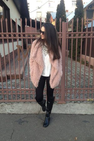 black leather Zara boots - pink fur Zara coat - black leggings