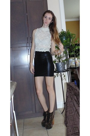 black Wilfred Free skirt - black Jeffrey Campbell wedges - ivory Audrey top