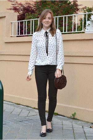 white Lefties shirt - dark brown Refresh shoes - dark brown Luxurissme bag