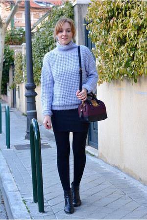 maroon Paco Martinez bag - black DaDa boots - violet Bershka sweater