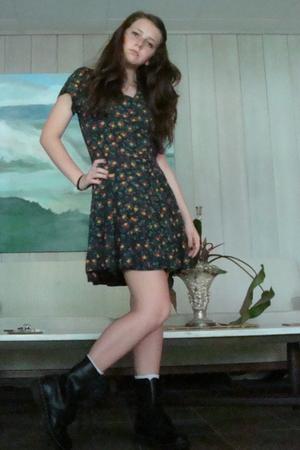 dress - boots