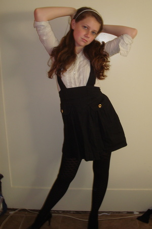 blouse - Betsey Johnson skirt - Gap tights - H&M shoes