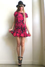 Pink-girlonavine-dress