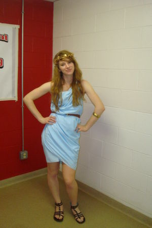 blue dress - brown maddengirl shoes - gold accessories - brown belt