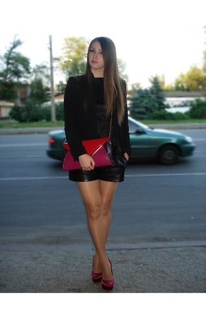 red purse - black Mango blazer - black leather shorts - red heels - black top