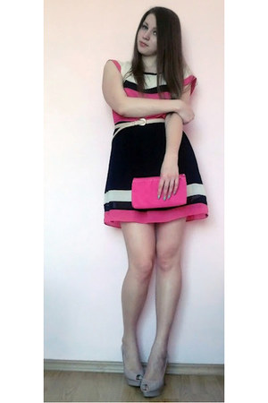 black striped dress - hot pink purse - beige Zara pumps - beige belt