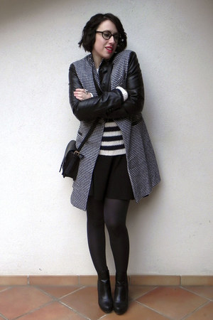 black leather Café Noir boots - black PERSUNMALL coat - wool Conbipel sweater