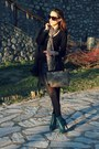 Black-gucci-sunglasses-forest-green-h-m-boots-scarf-rosetti-bag