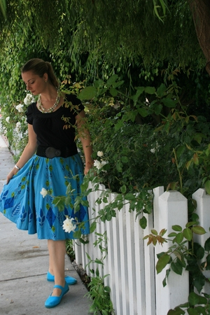 Anthropologie skirt - Anthropologie shirt - Anthropologie belt - payless shoes -