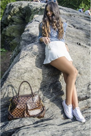 H&M shirt - Louis Vuitton bag - Converse sneakers