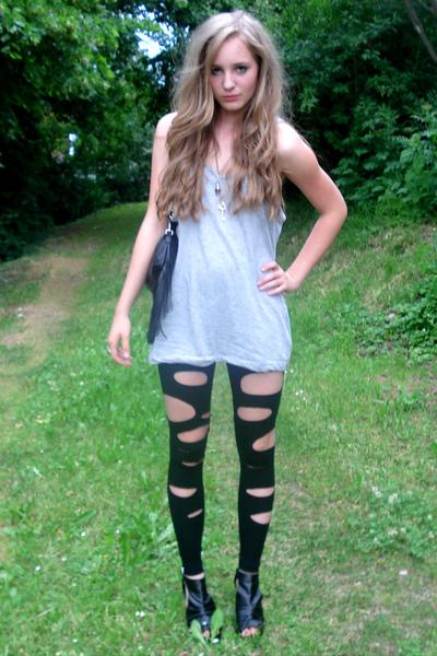 shirt - leggings - shoes - purse - necklace