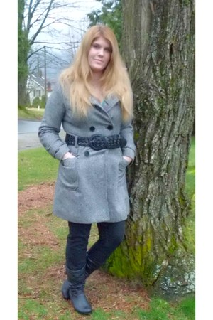black black boots Sirens boots - gray le chateau coat