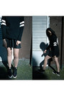 Nike-shoes-forever-21-shirt-asos-skirt