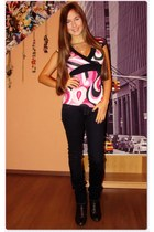 hot pink New Yorker shirt - navy unknown brand jeans - brown unknown brand shoes