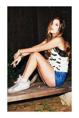bracelet - bracelet - shorts - top - sneakers - lace bralette bra