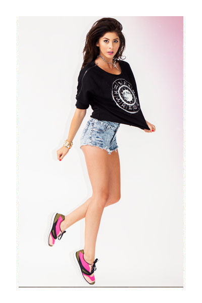 necklace - shorts - top - sneakers - bracelet - bracelet