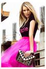 Bag-heels-skirt-t-shirt