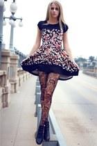 Yelete-stockings