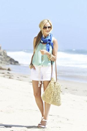 Echo Bold scarf - Michael Stars shirt - Straw Studios bag - Michael Stars shorts