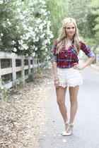Kendra Scott bracelet - ONE by RAILS shirt - Anthropologie shorts