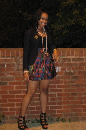 black shoes - red Forever 21 skirt - black Forever 21 blouse - black Macys blaze