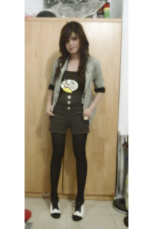 yellow line blazer - Gaudi necklace - Forever21 accessories
