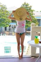 neutral floppy hat Marley Lilly hat - dark brown Karen Walker sunglasses