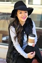 black ankle boots Impressions Boutique boots - black Forever 21 hat
