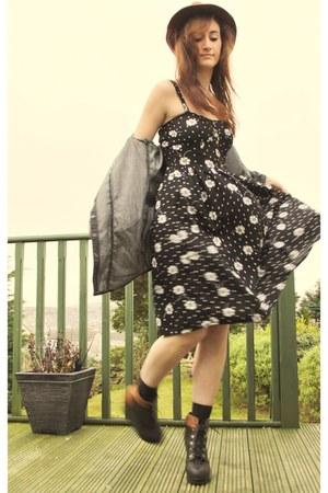 black Primark dress - brick red new look hat - black two tone wedges Ebay wedges
