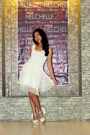 white angel Bless heels - white tulle dress