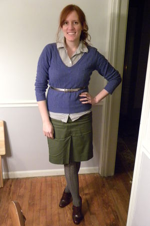 blue new york & co sweater - silver Target blouse - green Target skirt - gray Ni