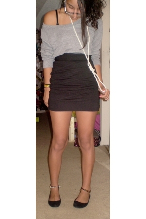 gray American Apparel shirt - black shoes - black Forever21 skirt