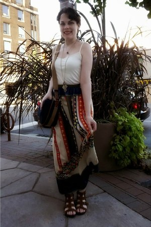 tawny lauren moffatt skirt - navy H&M bag - off white le chateau top