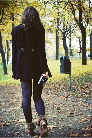 black ruffles Rampage coat - brown Tally Weijl boots