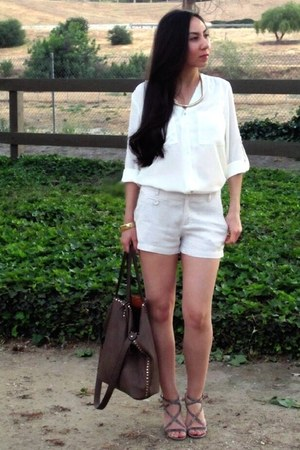 H&amp;M top - Forever21 shorts - Via Spiga sandals - H&amp;M necklace