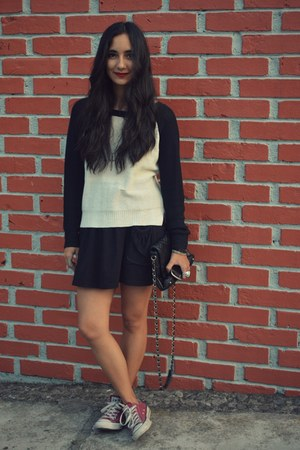 black MNG bag - black Zara skirt - black Zara blouse