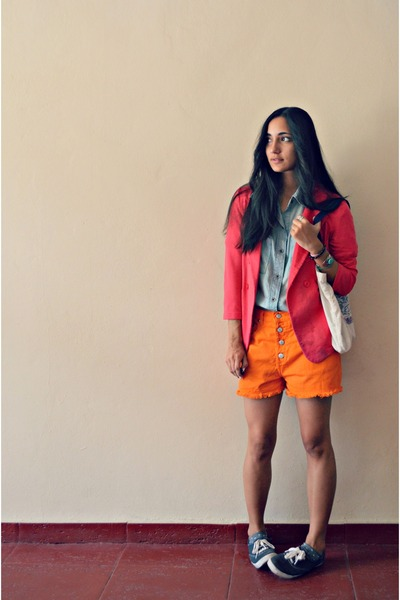 carrot orange thrifted vintage shorts - hot pink Zara blazer