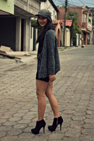 black Steve Madden boots - dark gray Zara sweater - black thrift shirt