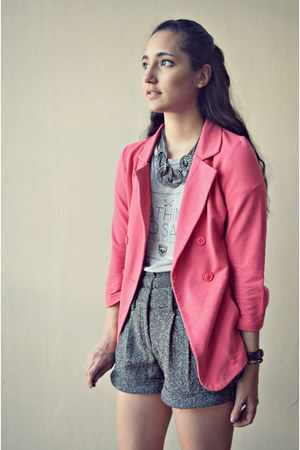 gray Zara shorts - hot pink unknown blazer - heather gray Zara shirt