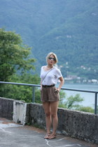 brown River Island shorts - white acne top - brown dune sandals