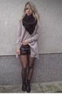 Light-pink-h-m-sweater-black-leather-shorts-bershka-shorts