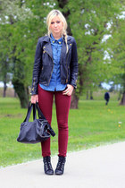 ruby red Stradivarius jeans - H&M shirt