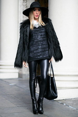 black HAUTE & REBELLIOUS coat - black booties Aldo boots