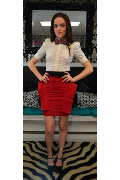 red Heiress skirt - cream H & M top - red Brownbelle tie