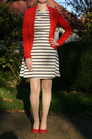 red blazer H & M blazer - striped dress H & M dress - tights Hema tights