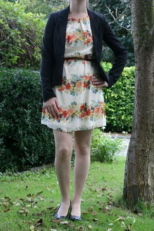ivory floral dress Primark dress - black black blazer H & M blazer