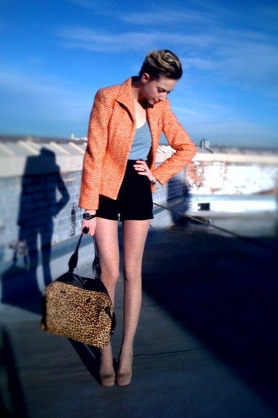 orange chevron print thrifted blazer - light pink floral Urban tights