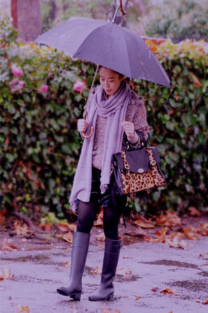 rain boots Urban Outfitters boots - asos sweater - Gap scarf - asos bag